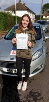 08 October 2019 - Emily passed 1st time with only 4 minor driving faults! Well done Emily, that was an excellent result.
