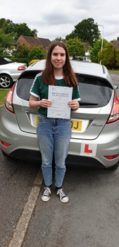 12 June 2019 - Emma passed in Sevenoaks with only 7 minor driving faults! Well done Emma, that was a really good result.