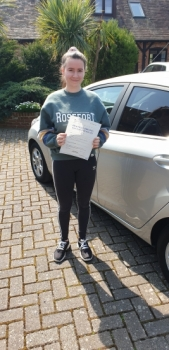 15 April 2019 - Anna passed 1st time with only 1 minor driving fault! Well done Anna, that was an excellent result