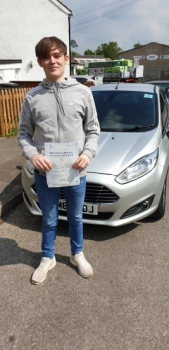 20 May 2019 - Tom passed in Tunbridge Wells with only 1 minor driving fault! Well done Tom, that was an excellent result.